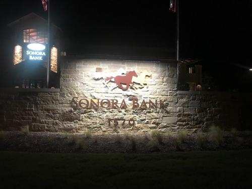 Sonora Bank Boerne, TX
